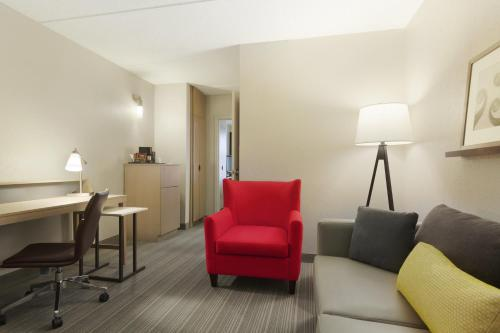 Country Inn & Suites by Radisson, Bloomington at Mall of America, MN Photo
