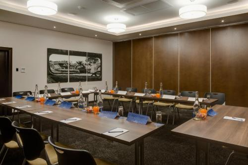 Protea Hotel by Marriott Upington Photo
