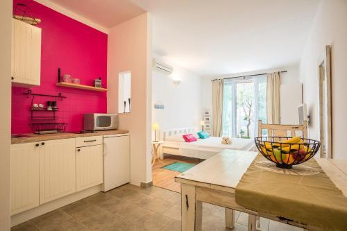 Apartments Tamara Bol
