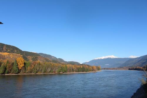 Copper River Motel - Terrace, BC V8G 3N4