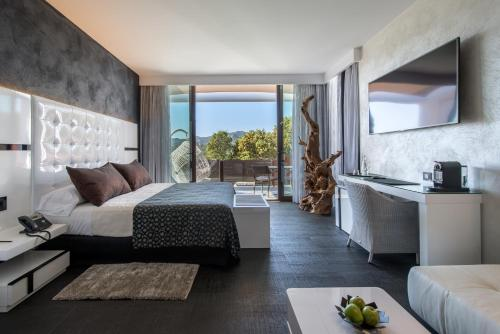 Suite with Private Pool and Private Garden Mas Tapiolas Suites Natura 27