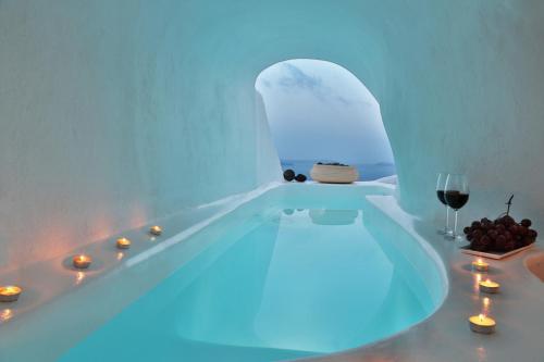 Cave Hotels In Santorini Trip101