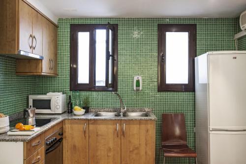 AinB Las Ramblas-Guardia Apartments photo 40