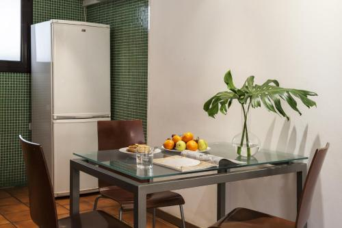AinB Las Ramblas-Guardia Apartments photo 45