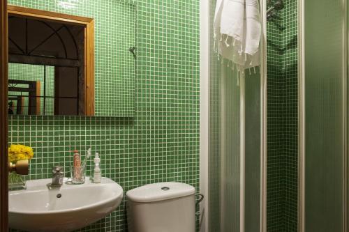 AinB Las Ramblas-Guardia Apartments photo 55