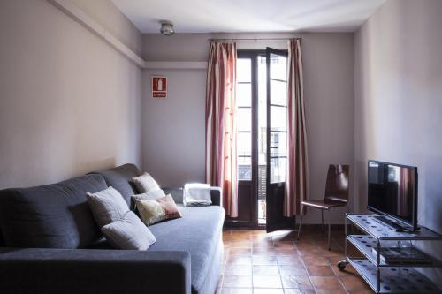 AinB Las Ramblas-Guardia Apartments photo 57