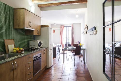 AinB Las Ramblas-Guardia Apartments photo 60