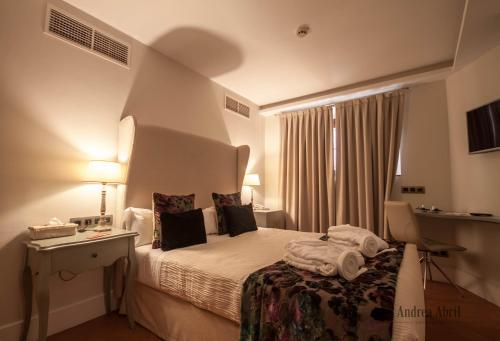 Basic Double Room Palacio Pinello 4