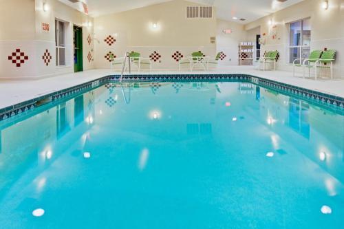 Country Inn & Suites By Radisson Lake City Fl - Lake City, FL 32024