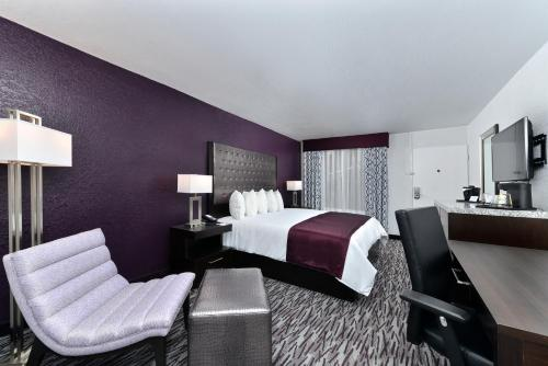 Clarion Inn & Suites Universal Studios Area photo 10