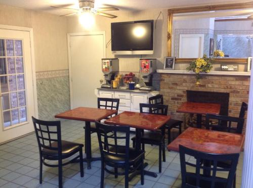 Americas Best Value Inn Blue Ridge - Blue Ridge, GA 30513