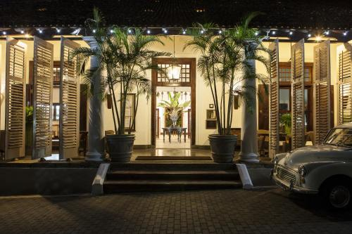 28, Church Street,  Galle Fort, Galle, Sri Lanka, 80000.