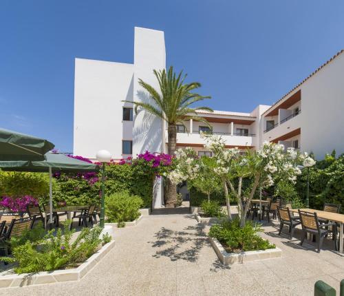 Hotel Bahía Playa 8