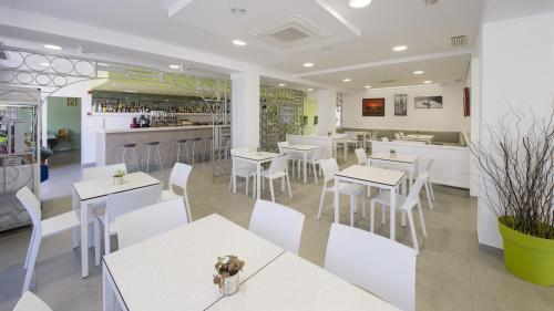 Hotel Bahía Playa 25