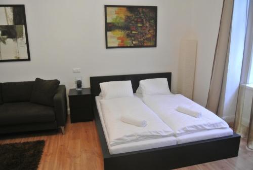 DoMo Apartments