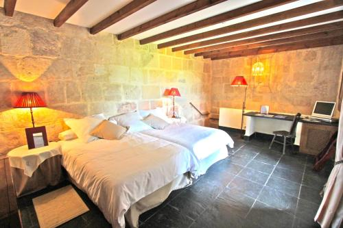 Superior Double or Twin Room - single occupancy Posada Real Castillo del Buen Amor 3