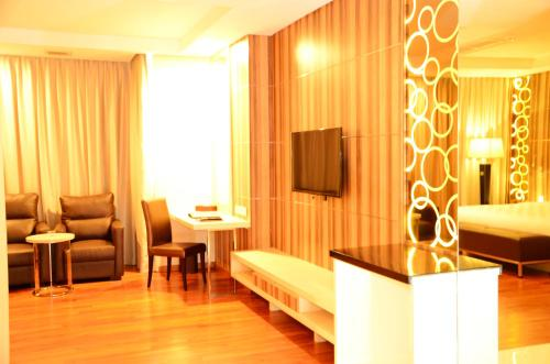 Nagoya Hill Hotel Batam photo 8
