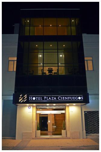 Hotel Plaza Cienfuegos Photo