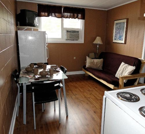 Edgewater By The Bay - Wasaga Beach, ON L9Z 1E9