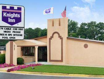 Knights Inn - Tucker Photo