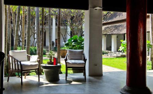 6 Ratchamanka 9 Alley, Tambon Si Phum, Amphoe Mueang, Chiang Mai 50200, Thailand.