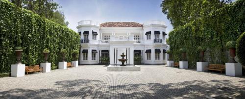 65 Rosmead Place, Colombo 7, Sri Lanka.
