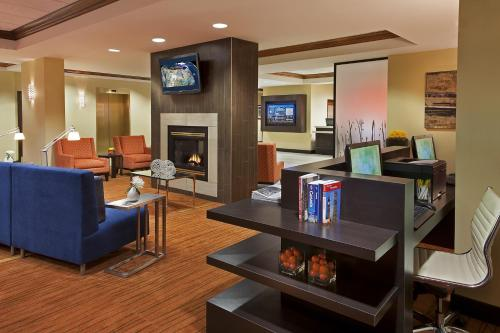 Courtyard by Marriott Toronto Airport photo 5