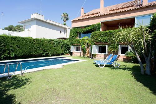 Villa Tropicana by Hello Apartments photo 17