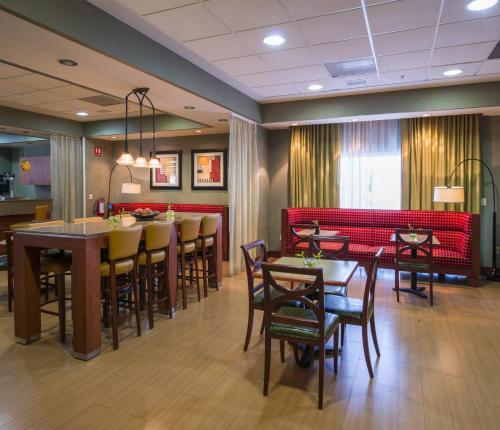 Hampton Inn by Hilton-Queretaro Tecnologico Photo