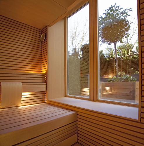 Stephanie Inn Dining Room: Brenners Park-Hotel & Spa Review, Baden-Baden, Germany
