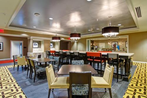 Hampton Inn And Suites Downtown Cincinnati