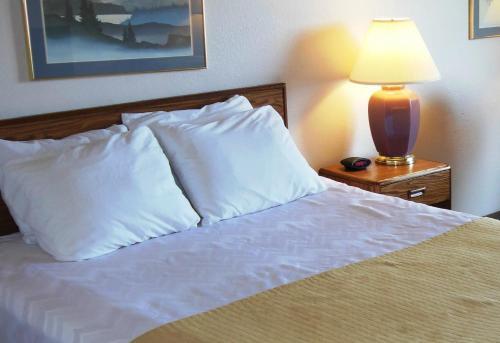Settle Inn - Marquette - Marquette, MI 49855