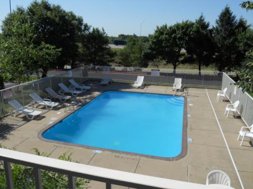 Motel 6 Des Moines North - Des Moines, IA 50313