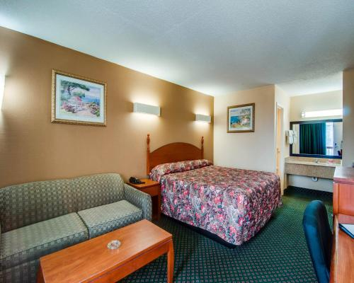 Econo Lodge Civic Center Photo