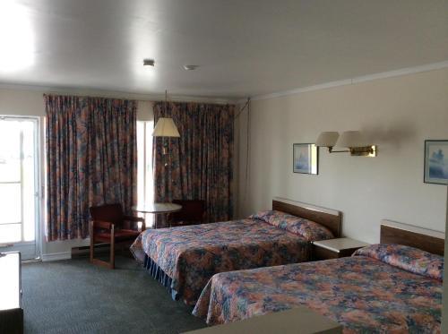 Embassy Motel - Kingston, ON K7M 3G4