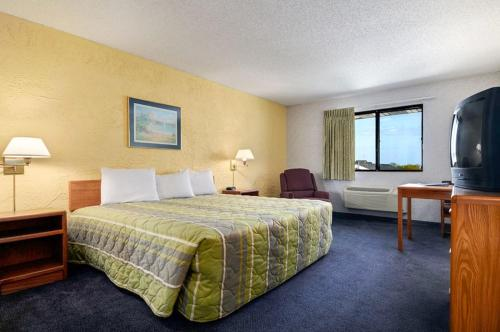 Motel 6 Grand Rapids Airport - Grand Rapids, MI 49512