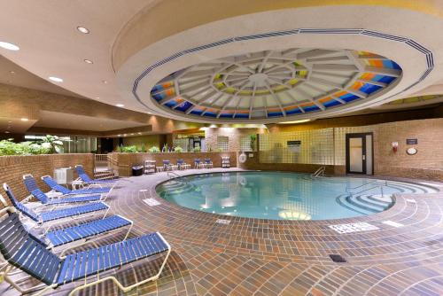 Edward Village Michigan Hotel Dearborn