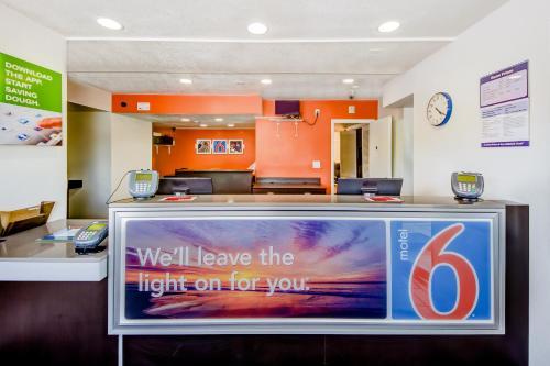 Motel 6 - Lakeland - Lakeland, FL 33805