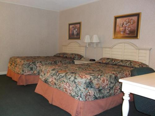 Americas Best Inn & Suites-wilmington
