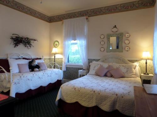 Blue Gull Inn Bed and Breakfast Photo