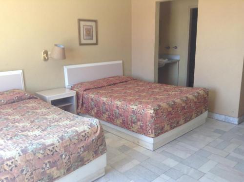 Los Jitos Hotel & Suites Photo