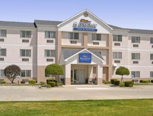 Baymont By Wyndham Mattoon Hotel