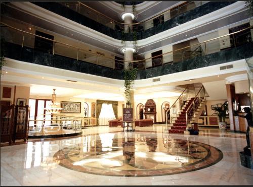 Hotel Infanta Cristina 13