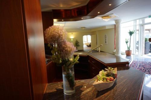 a hotel lor sch bad orb deutschland online reservierung. Black Bedroom Furniture Sets. Home Design Ideas