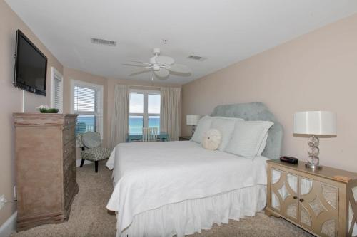 Crystal Dunes by Panhandle Getaways Photo