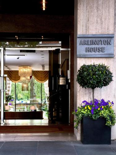 Arlington House Apartments photo 13