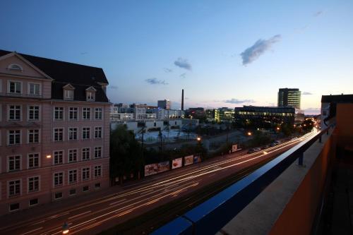 a&o München Hackerbrücke photo 21