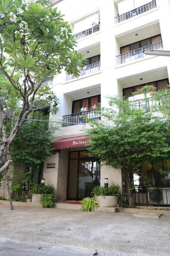 Belleville Apartment photo 7