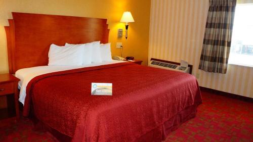 Quality Inn & Suites Kansas City - Independence I-70 East Photo