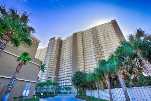 Emerald Beach By Panhandle Getaways - Panama City Beach, FL 32413